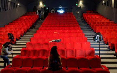 Coulisses de l'organisation d'une émission culturelle au théâtre Gérard Philipe de Saint-Jean-de-Maurienne