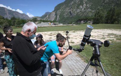 Observation d'une éclipse par le groupe Astro Maurienne depuis le plan d'eau des Oudins à Villargondran